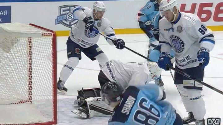 Хоккей: «Сибирь» одержала победу над минским «Динамо»