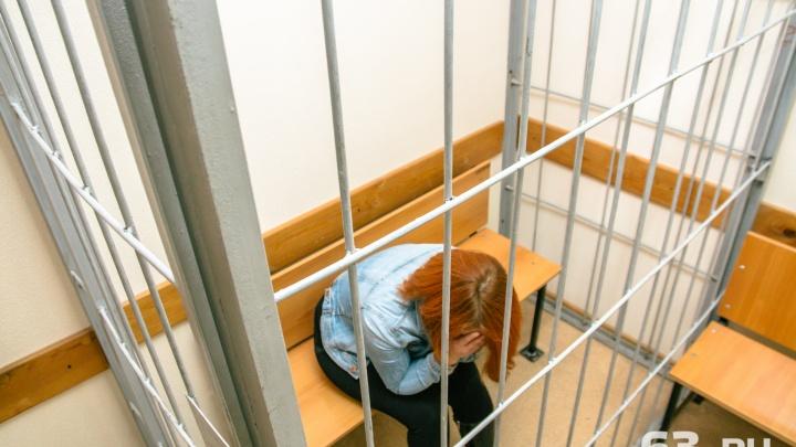 В Самарской области мать лишили свободы за долг перед сыновьями в 1,2 миллиона рублей
