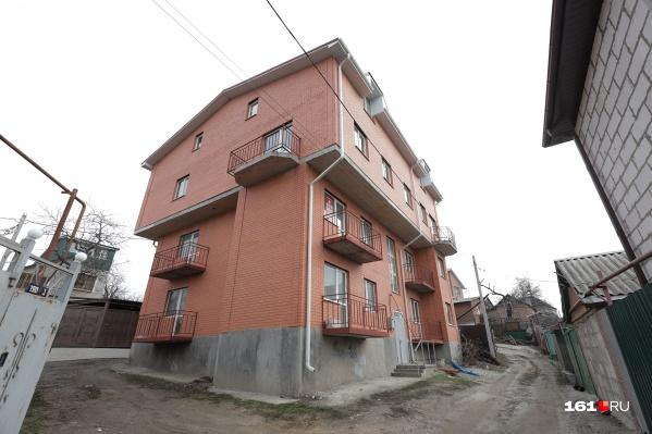 Незаконные многоэтажки появляются во многих районах Ростова-на-Дону