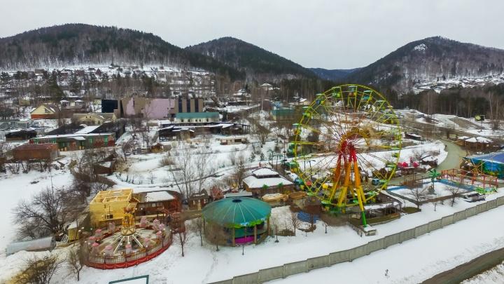 Сибирячка закрыла свой парк аттракционов и отказалась продавать «Кириешки» из-за трагедии в Кемерово