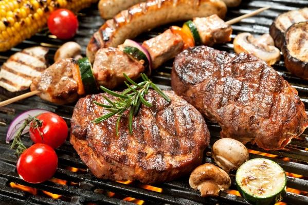 Курица, свинина, говядина или рыба — а из какого мяса вы больше всего любите шашлыки?