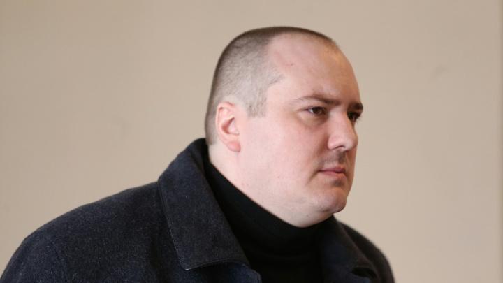 Взял долларами: в Челябинске осудили за взятку бывшего замначальника отдела СК