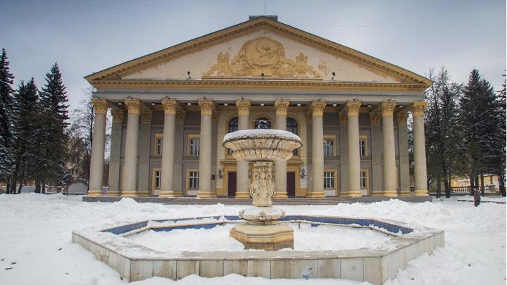 Жители Богдашки и прокуратура добились сноса пристройки рядом с ДК имени Горького