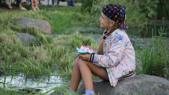 Загадай желание: сегодня в Архангельске спустят на воду волшебные фонарики