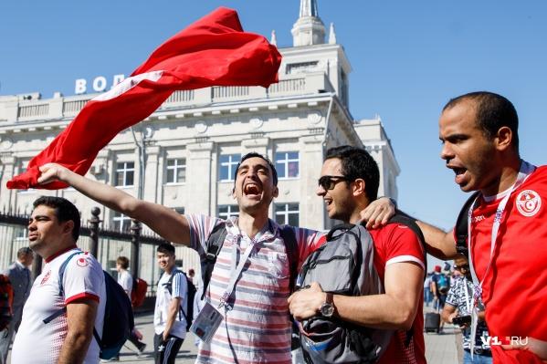 Во время чемпионата на поездах в Волгоград приехали тысячи футбольных фанатов