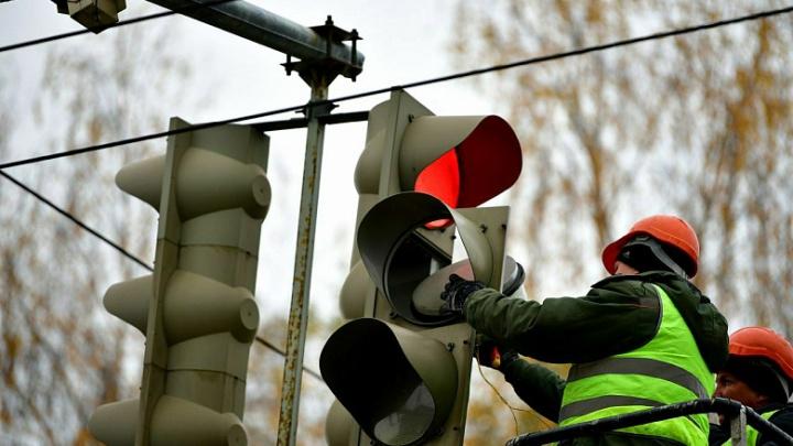 Прокуратура уличила мэрию Ярославля в плохом содержании светофоров