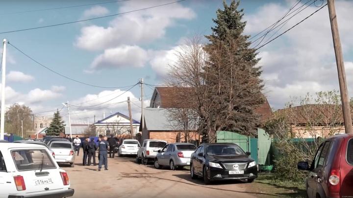 Пожар в Давлеканово: следователи проверяют причастность поджигателя к гибели двух детей и матери