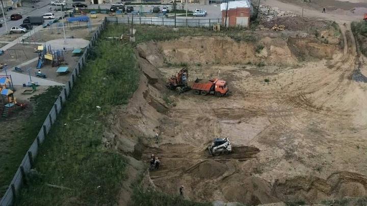 В знаменитом после прямой линии Путина 3-м мкрн «Солнечного» начали строить спорный детский сад