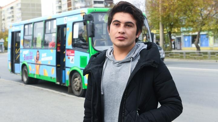 «Это был мой первый рабочий день»: кондуктор о драке с плюющейся пассажиркой в автобусе