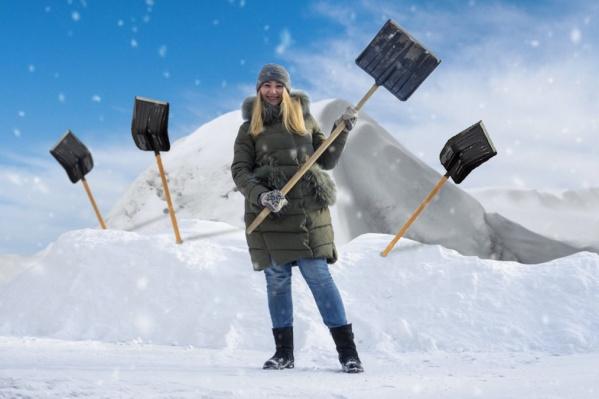 Проще всего взять в руки лопату, но что делать, если в сугробах весь город?