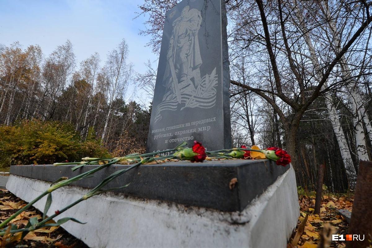 Ссорился с Дедом Морозом, ставил памятники-могилки: итоги работы Шадрина в ЦПКиО в девяти историях