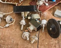 Любые запчасти для радиолюбителей