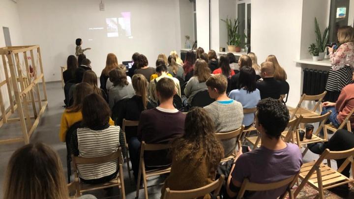Эмоциональное выгорание: Tele2 приглашает новосибирцев на лекцию психолога