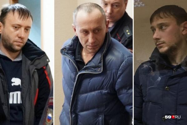 Под арестом останутся начальник участка № 5 объекта шахтостроительного комплекса СКРУ-3 Максим Канищев (слева), горные мастера Андрей Купряшкин (в центре)и Игорь Чукаев (справа)