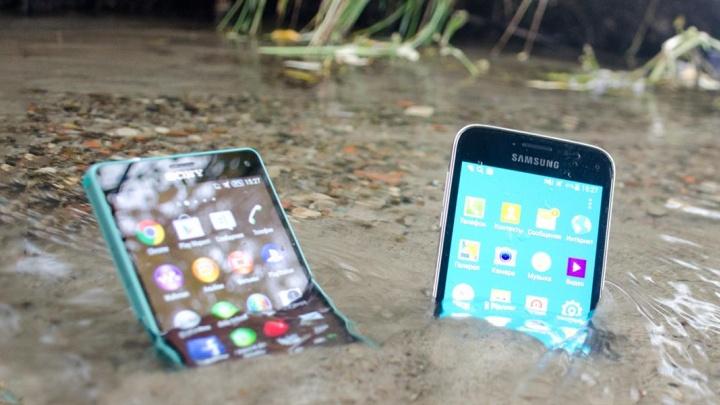 Первая помощь смартфону при попадании влагиспасёт владельца от покупки нового