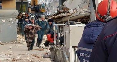 Из-под завалов разрушенного дома в Магнитогорске удалось спасти 11-месячного ребенка