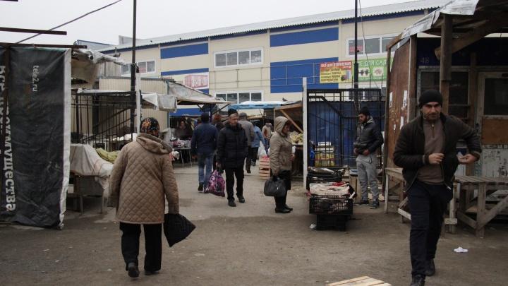 Подстрелили и скрылись: мужчина ранен в голову около рынка в Дзержинском районе