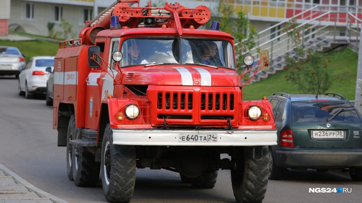 Начальник пожарной части № 8 застукал подчиненного пьяным на работе и потребовал взятку 30 тысяч