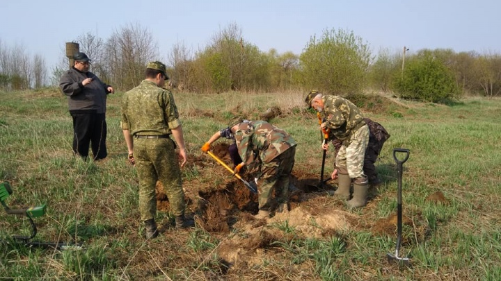 «В окопчике были вдвоём»: на Южном Урале разыскивают родных солдата, погибшего в боях под Минском