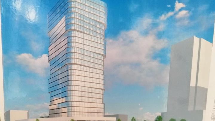 «Свечка» вместо сквера? Проект высотки рядом с элитным ЖК в центре Челябинска завернули на слушаниях