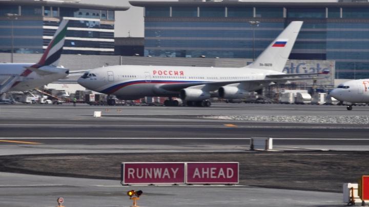 500 уральцев застряли в аэропорту Антальи из-за задержки рейса