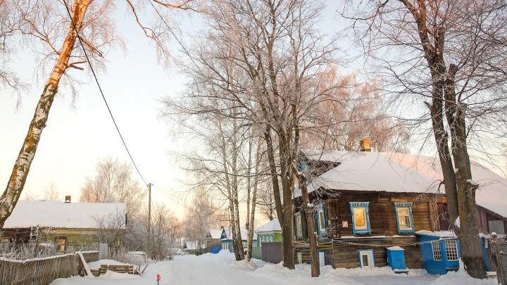 Мама из Ярославской области заставила чиновников обустроить дорогу, чтобы её дети ездили в школу