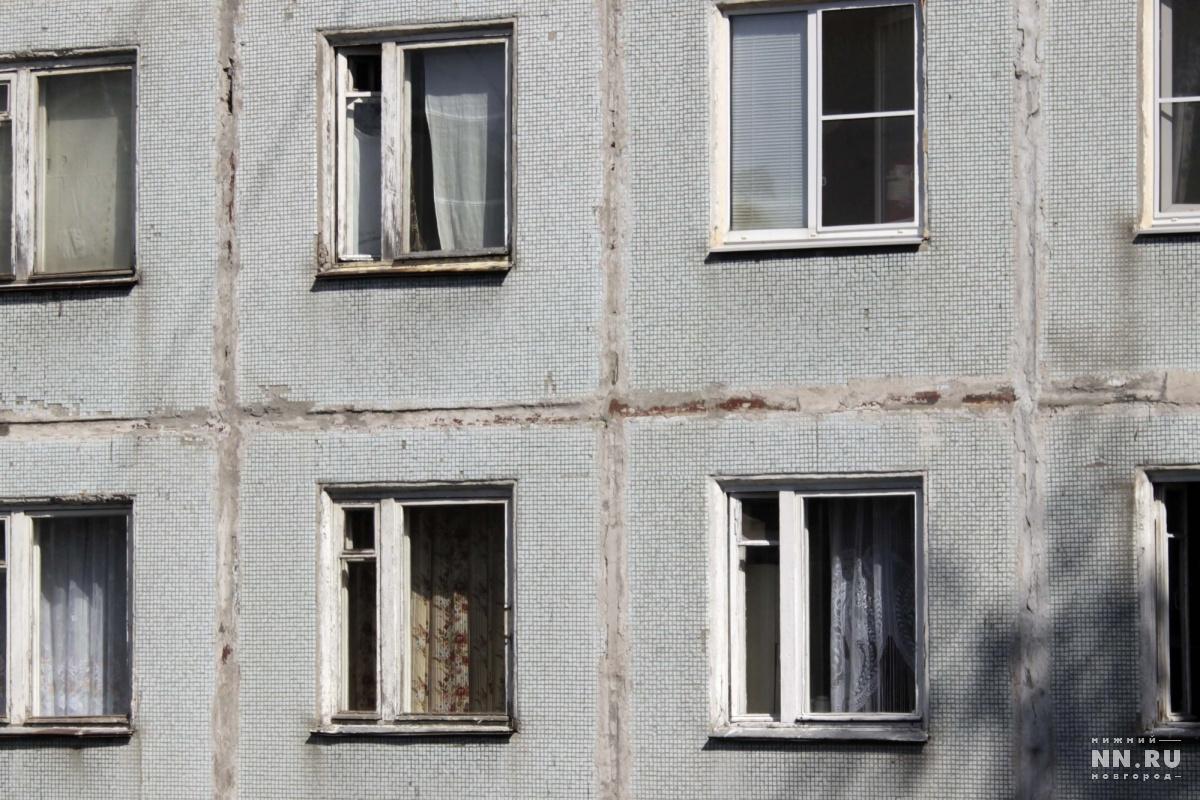 Нижегородец из-за бутылки коньяка сбросил знакомую счетверного этажа