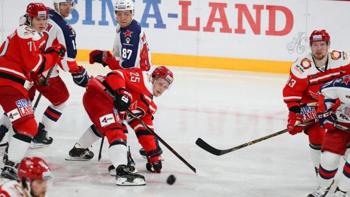 Во второй раз не получилось: «Автомобилист» в Москве всухую проиграл лидеру КХЛ