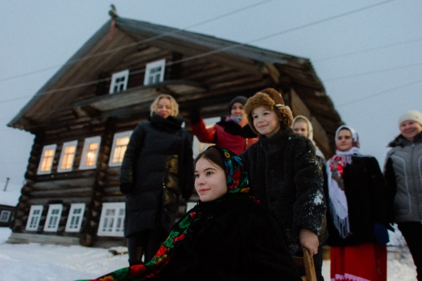 Жители северных деревень стараются, чтобы к этим местам был интерес - хотя бы туристический
