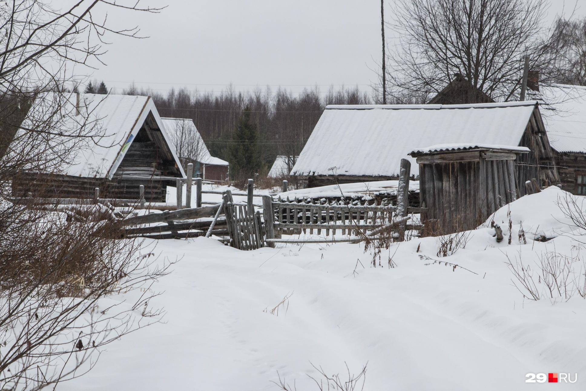 Уже после бараков люди стали строить в Орлово индивидуальные домики