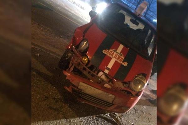 Водитель автомобиля ведомственного автомобиля попал в больницу