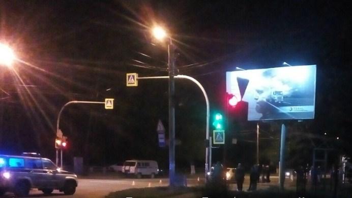 Под колёсами такси в Челябинске погиб полицейский