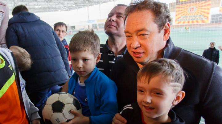 «К сожалению, руководят дебилы»: Леонид Слуцкий назвал руководство «Ротора» властными эгоистами