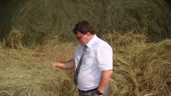 Азаров решил отправить в отставку еще одного министра
