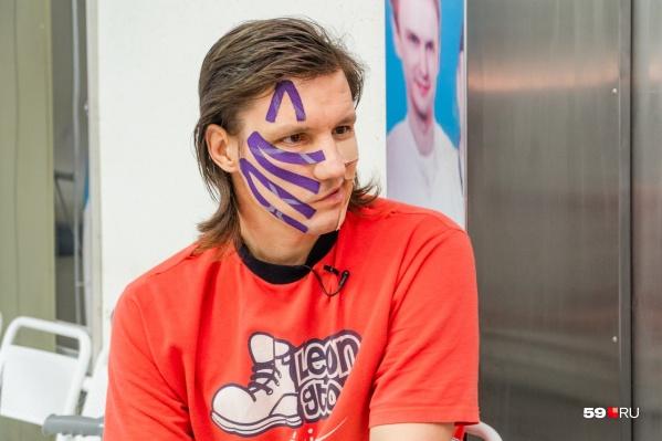 Максим Звонарев после операции: опухоль росла в мозге 15 лет