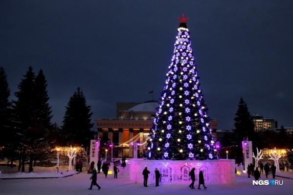 Праздничное оформление останется на площади Ленина ещё на неделю