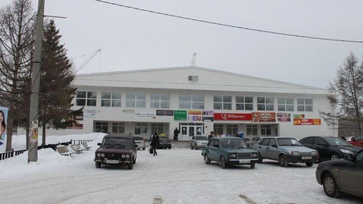 В Сызрани рядом с торговым центром умер подросток