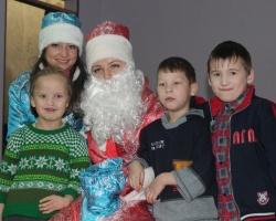 Новогодние пожелания детей сбылись благодаря неравнодушным людям