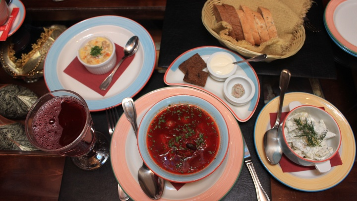 Аналитики подсчитали, сколько новосибирцы тратят на обед в ресторане