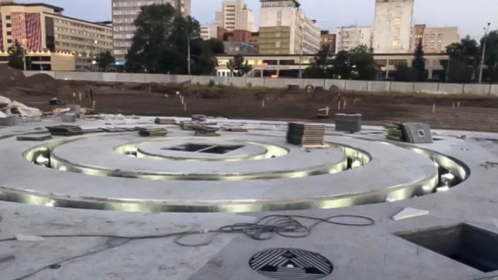В Перми состоялся тестовый запуск нового фонтана на эспланаде. Видео
