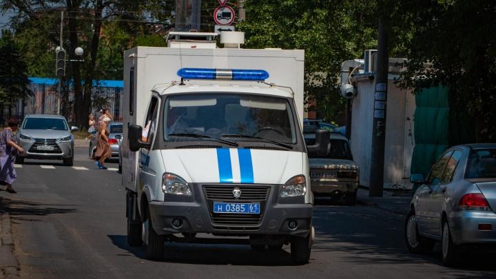 В центре Ростова подрались трое мужчин