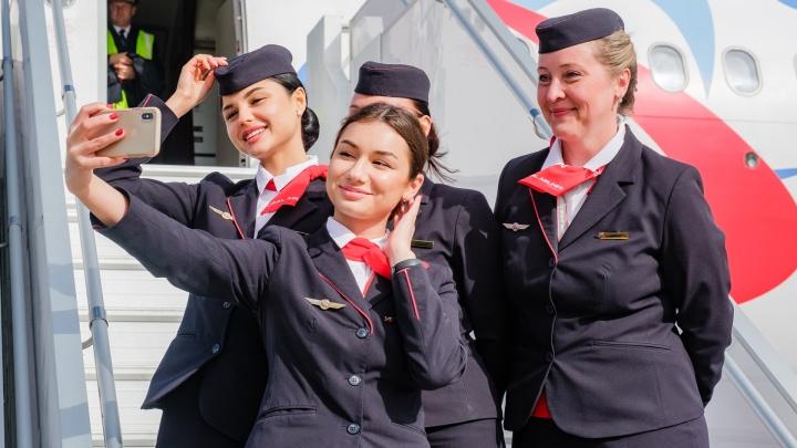 Новый рейс, тренировка истребителей и ремонт взлётки: один день из жизни аэропорта Большое Савино