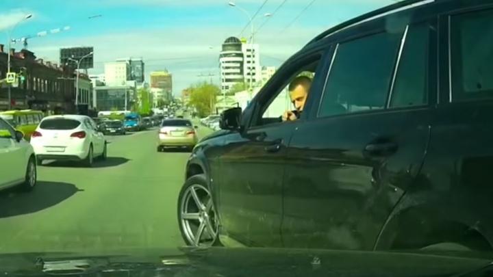 Группа разбора: ищем виновного в драке, которую на Малышева устроили водители