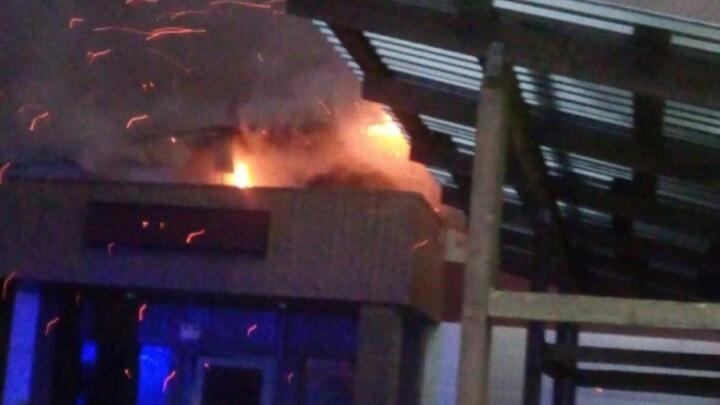 В Башкирии сгорел двухэтажный тренажёрный зал