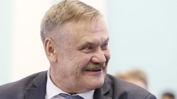 Сергей Лихачёв сохранил пост министра экологии, и ещё десяток кадровых решений Текслера