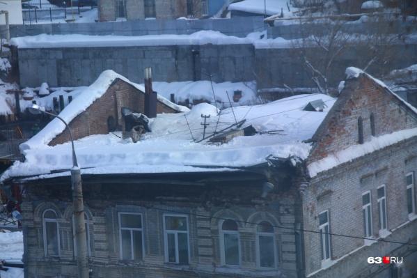 Теперь здание полностью без крыши