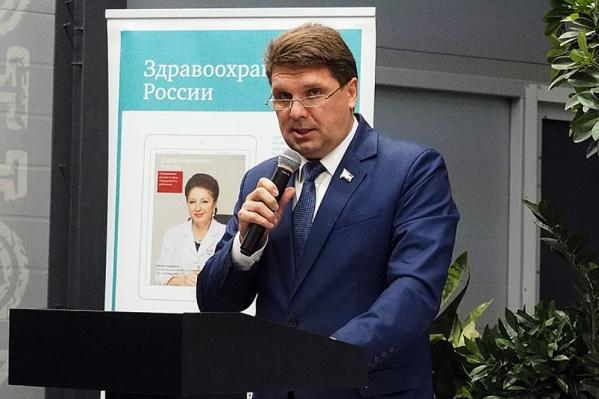 Новым главой Ленинского района стал депутат донского парламента