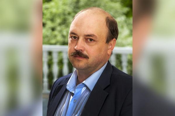 Исполнительному директору «Карачинского источника» Виктору Салину исполнилось бы 42 года. Его жене Татьяне было 37 лет