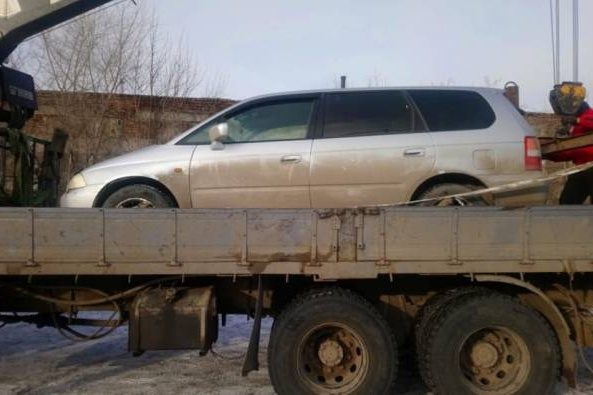 Автомобиль забрали на спецстоянку