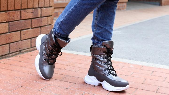 Для разной зимы: популярная сеть продаст сезонную обувь от 1499 рублей, а трендовые дутыши за 2999